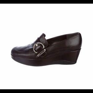 Stuart Weitzman leather platform loafer